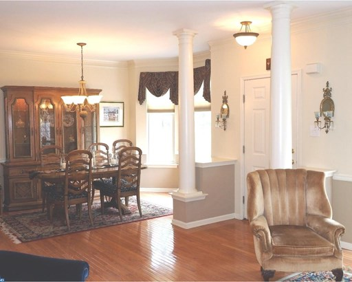 Row/Townhouse, Colonial - NEWTOWN SQUARE, PA (photo 5)