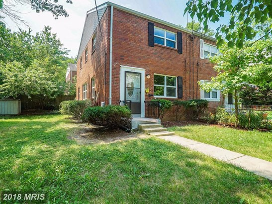 Semi-Detached, Colonial - RIVERDALE, MD (photo 1)