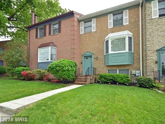 Townhouse, Traditional - COCKEYSVILLE, MD (photo 2)