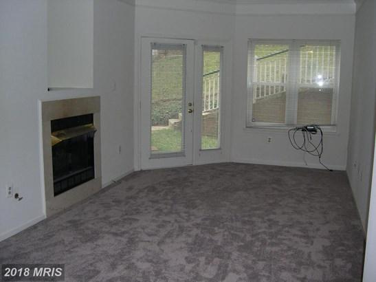 Garden 1-4 Floors, Contemporary - ALEXANDRIA, VA (photo 2)