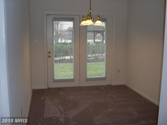 Garden 1-4 Floors, Contemporary - ALEXANDRIA, VA (photo 3)