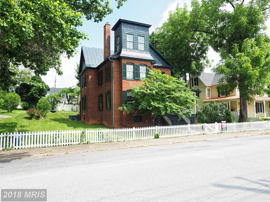 Colonial, Detached - CHARLES TOWN, WV (photo 2)