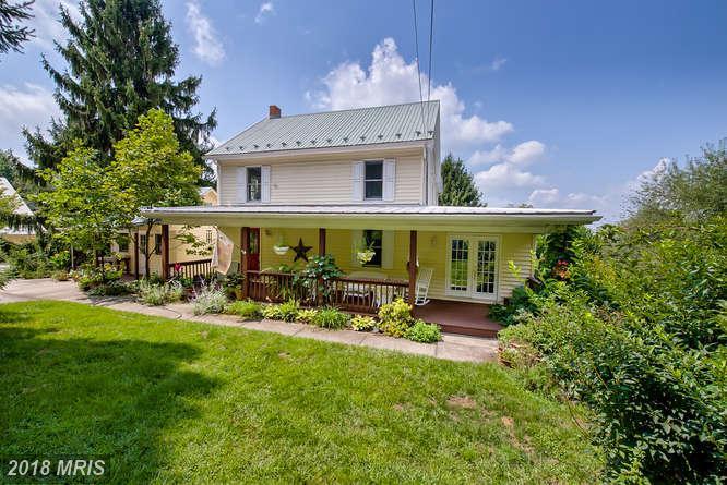 Farm House, Detached - BOONSBORO, MD