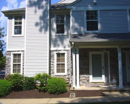 Row/Townhouse, Colonial - SELLERSVILLE, PA (photo 2)