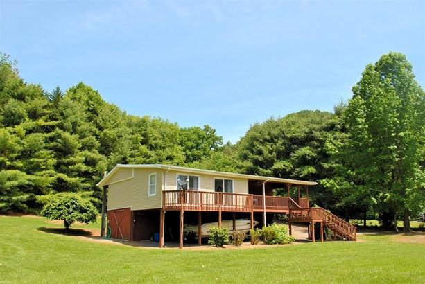 Mobile Home Single, Detached - Hiwassee, VA (photo 1)