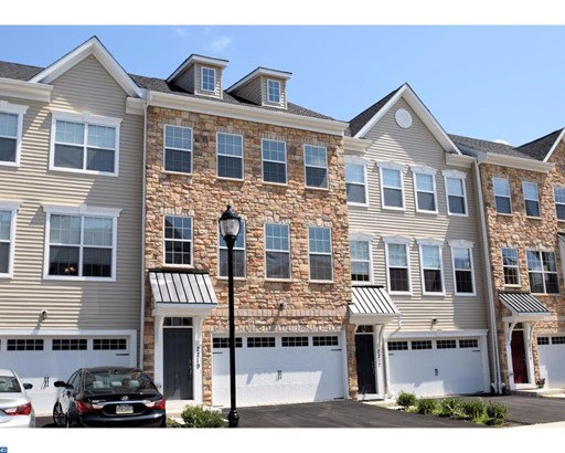 Colonial, Row/Townhouse/Cluster - WARRINGTON, PA (photo 1)