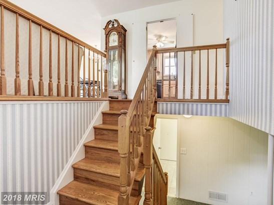 Split Foyer, Detached - FINKSBURG, MD (photo 2)