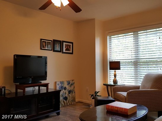 Townhouse, Colonial - HAGERSTOWN, MD (photo 4)