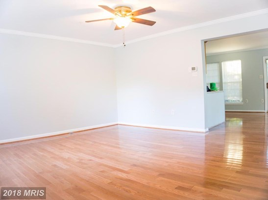 Townhouse, Traditional - LANDOVER, MD (photo 3)