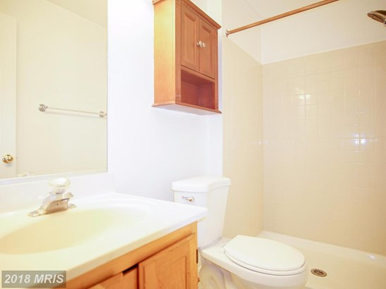 Townhouse, Traditional - LANDOVER, MD (photo 5)