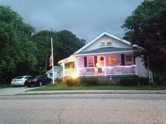 House, Bungalow - Somers Point, NJ (photo 1)