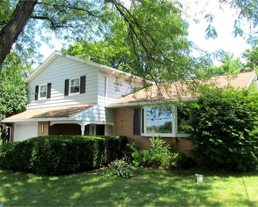 Traditional, Detached - GILBERTSVILLE, PA