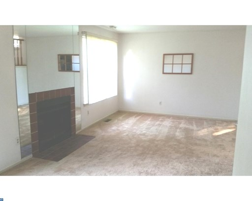 Traditional,EndUnit/Row, Row/Townhouse/Cluster - YARDLEY, PA (photo 3)
