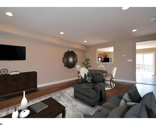 Row/Townhouse, Contemporary - COLLEGEVILLE, PA (photo 5)