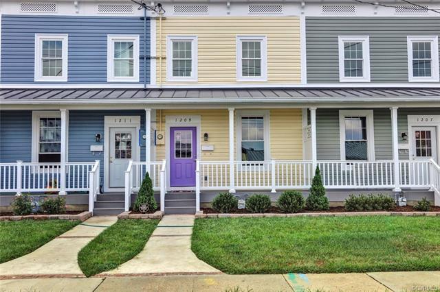 2-Story, Rowhouse/Townhouse, Single Family - Richmond, VA (photo 1)