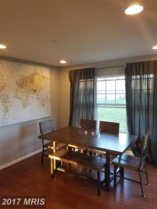 Townhouse, Colonial - RANDALLSTOWN, MD (photo 4)