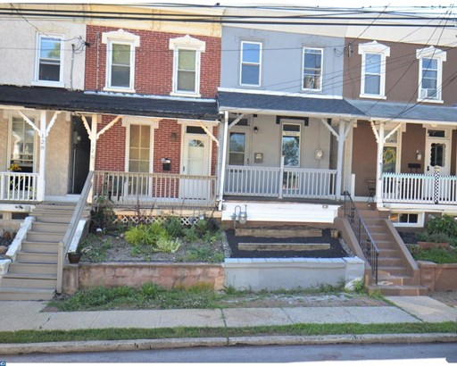 Row/Townhouse, StraightThru - ROYERSFORD, PA (photo 1)