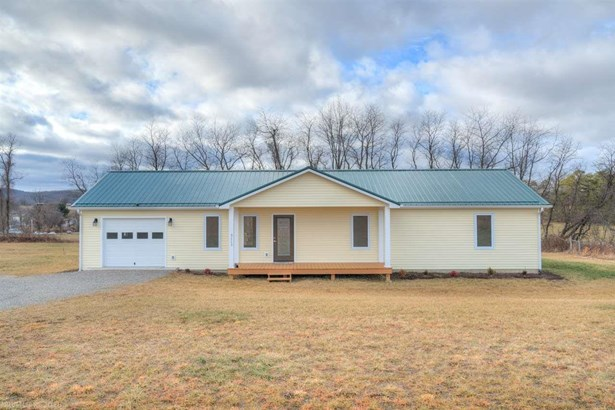 Ranch, Detached - Pulaski, VA (photo 2)