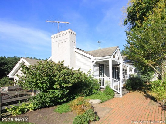 Farm House, Detached - MOUNT AIRY, MD (photo 2)