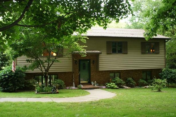 Single Family Residence, Split Foyer - Goode, VA (photo 1)