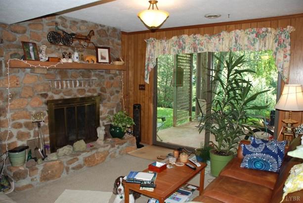 Single Family Residence, Split Foyer - Goode, VA (photo 2)