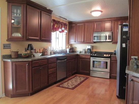 Single Family Residence, Split Foyer - Goode, VA (photo 4)