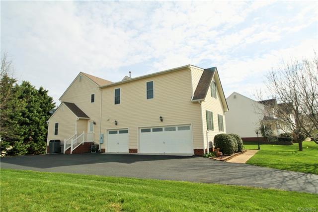 2-Story, Transitional, Single Family - Mechanicsville, VA (photo 2)