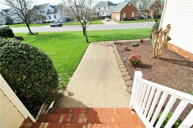 2-Story, Transitional, Single Family - Mechanicsville, VA (photo 4)