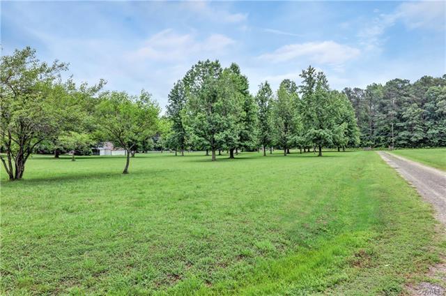 Ranch, Single Family - Ampthill, VA (photo 4)