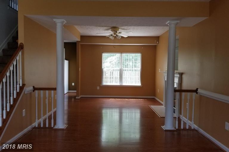 Colonial, Detached - WALDORF, MD (photo 4)