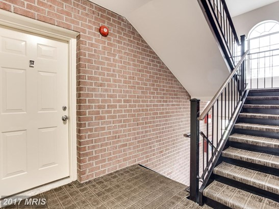 Garden 1-4 Floors, Contemporary - GLEN BURNIE, MD (photo 3)