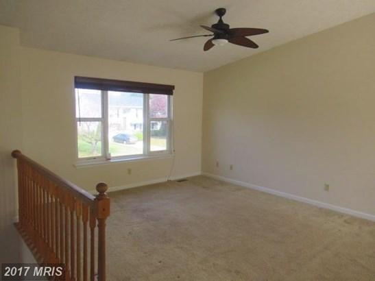 Split Foyer, Detached - GREAT MILLS, MD (photo 5)