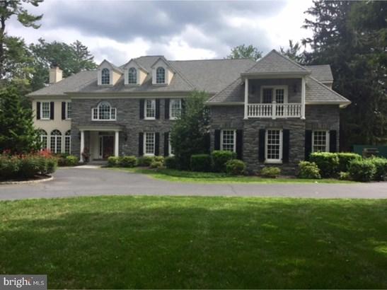 Detached, Single Family - WAYNE, PA