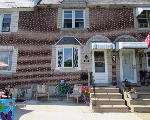 Row/Townhouse, Colonial - GLENOLDEN, PA (photo 3)