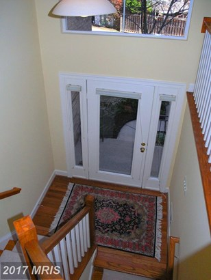 Townhouse, Traditional - RESTON, VA (photo 2)