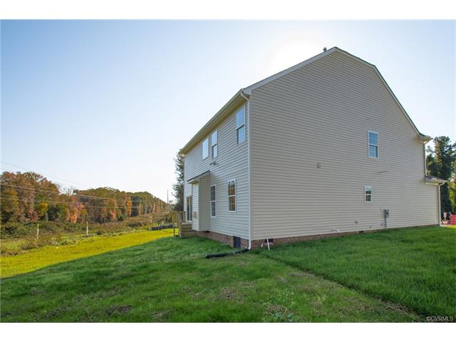 Tri-Level/Quad Level, Single Family - Chesterfield, VA (photo 5)