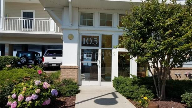 Condo/Townhome - Crisfield, MD (photo 2)