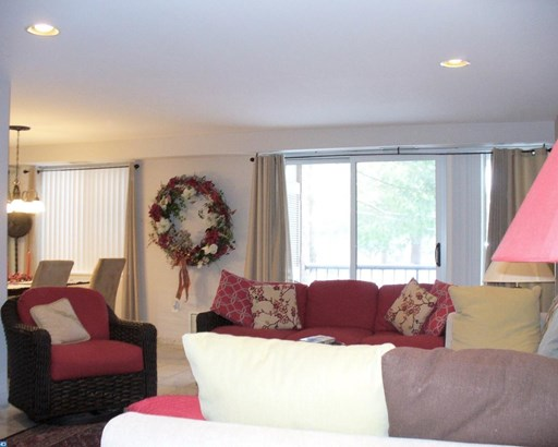 Unit/Flat, Contemporary - LOWER MERION, PA (photo 4)