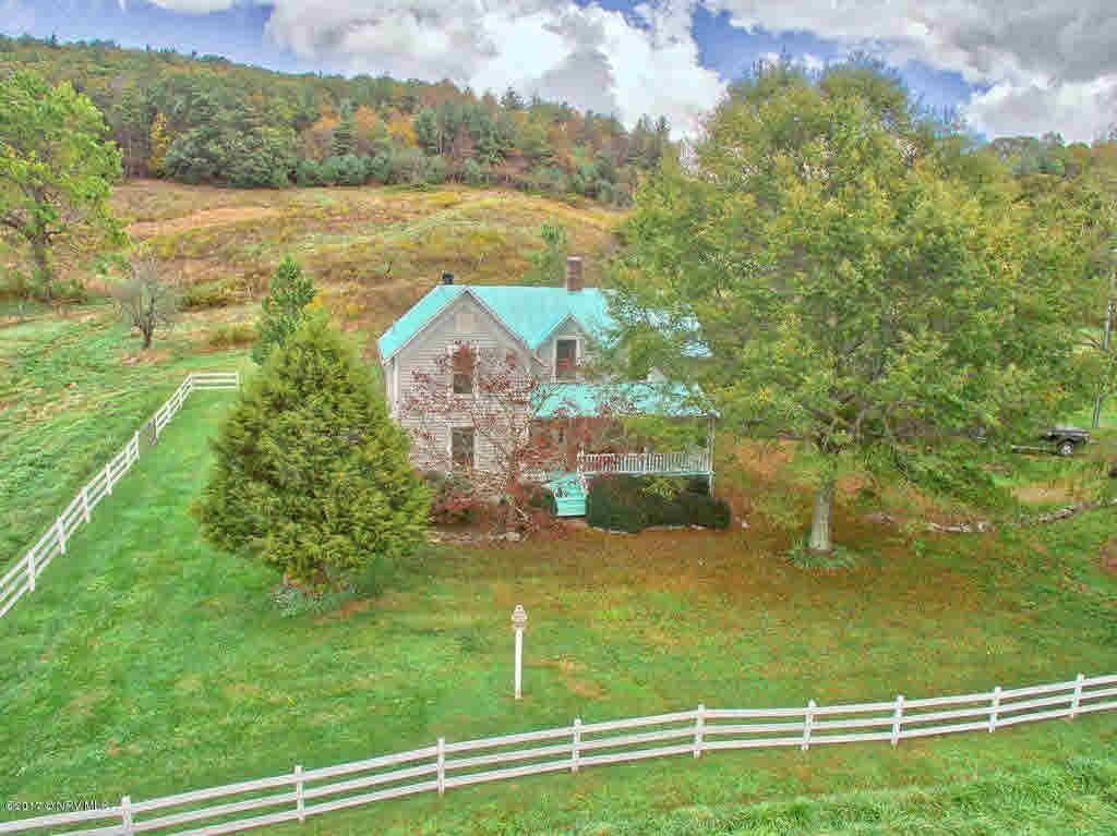 Detached, Farm House, Other - See Remarks, Victorian - Elk Creek, VA