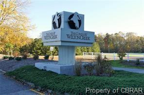 Transitional, Condo/Townhouse - Hartfield, VA (photo 3)