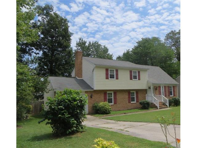 Tri-Level/Quad Level, Single Family - Colonial Heights, VA (photo 2)