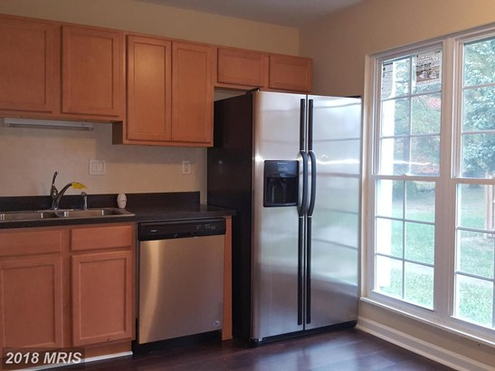 Townhouse, Traditional - WALDORF, MD (photo 4)
