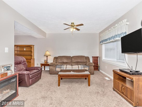 Townhouse, Traditional - WALKERSVILLE, MD (photo 5)