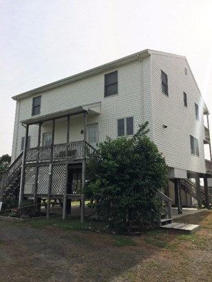 Multi-Family, Duplex - Chincoteague, VA (photo 4)