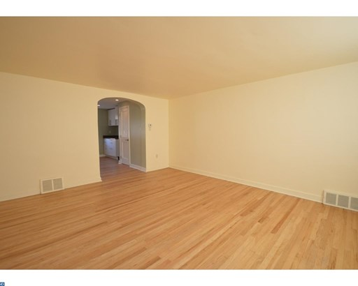Row/Townhouse, Traditional - LANSDALE, PA (photo 2)