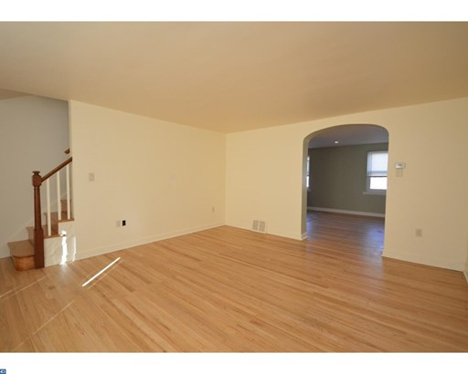 Row/Townhouse, Traditional - LANSDALE, PA (photo 3)