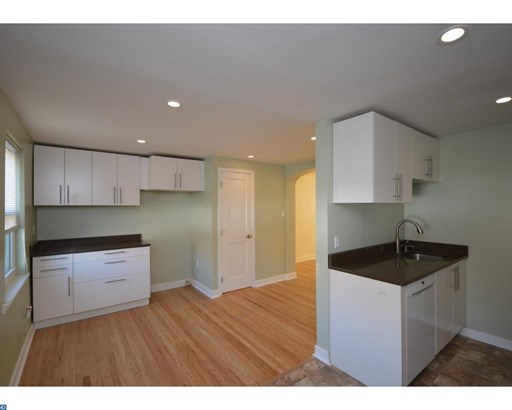 Row/Townhouse, Traditional - LANSDALE, PA (photo 5)