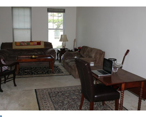 Row/Townhouse, Colonial - ARDMORE, PA (photo 4)