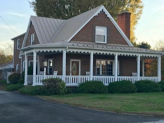 Victorian, 2 Story, Farm, Single Family - South Boston, VA (photo 1)