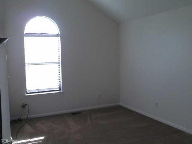 Contemp, Ranch, Single Family - Newport News, VA (photo 3)